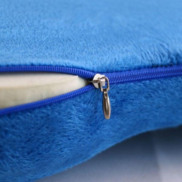 Chair seat cushion detail 3